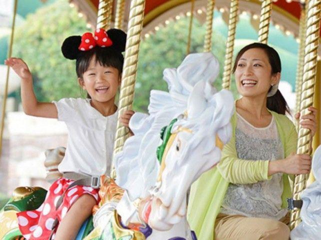 Tokyo Disneyland OR Disneysea