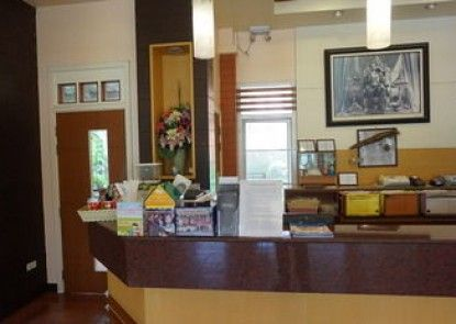 Tonwa Resort Hotel
