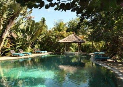 Tonys Villas & Resort Teras