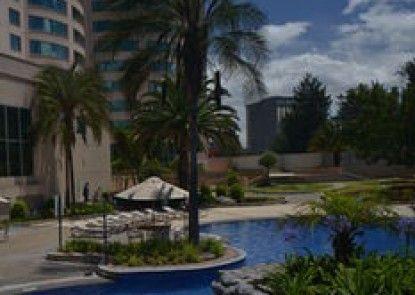 Torres de Suites by InAmazonas
