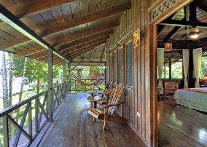 Tortuga Lodge and Gardens