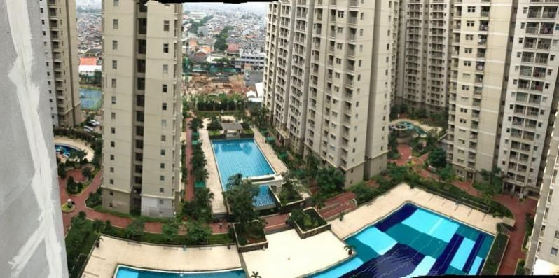 Townhouse Apartment 3 BR Medit Central Park Mall Pool Front, Jakarta Barat