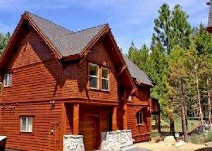 Trailside Villa