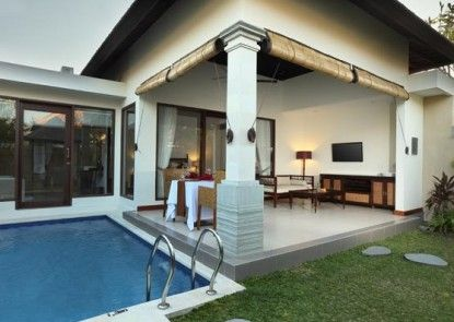 Transera Grand Kancana Villas Bali Kolam Renang Pribadi