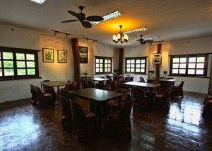 Travelbee Heritage Inn