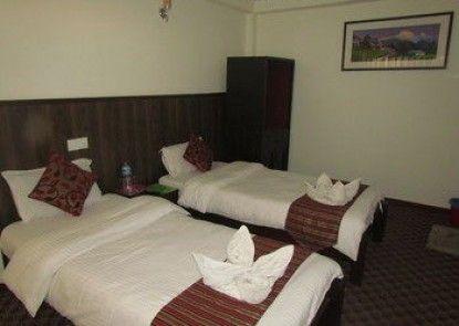 Traveler\'s Holiday Inn