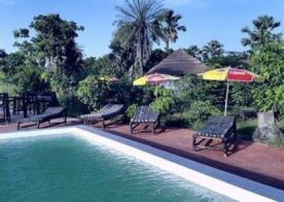 Tree C\'s Eco Resort & Beach Club