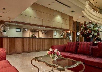 Treva International Hotel Penerima Tamu