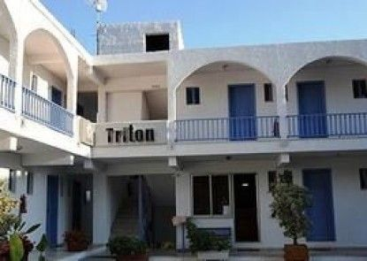 Triton Hotel & Bungalows