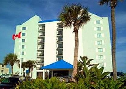 Tropical Winds Oceanfront Hotel Teras