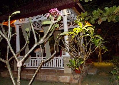 Tropical Hideaways Resort