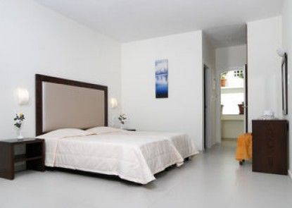 Troulis Aparthotel