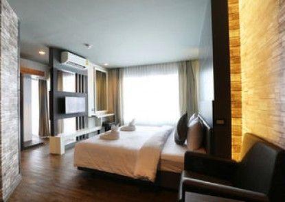 TR Rock Hill Hotel