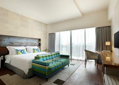 TS Suites Bali and Villas Kamar Tamu