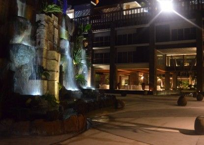 TS Suites Bali and Villas Eksterior