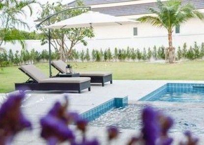 Tulip House Pool Villa Hua Hin