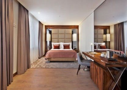 TURIM Marquês Hotel