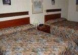 Pesan Kamar Dua Tempat Tidur Ukuran Double, Bebas Rokok di M53 Motel