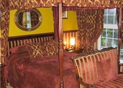 Ty Newydd Country Hotel