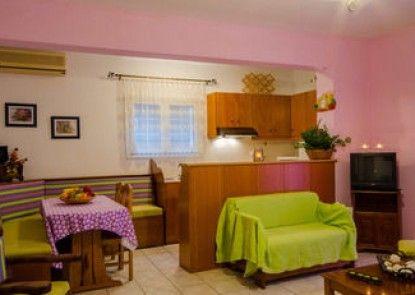 Tzaneria Apartments