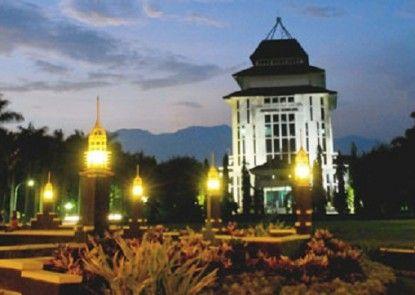 UB Guest House Malang Objek Wisata Lokal
