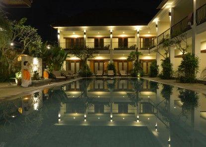 Uma Sri Bali Hotel Eksterior