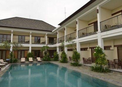 Uma Sri Bali Hotel Kolam Renang Utama