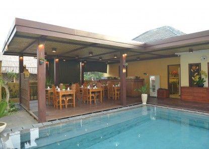 Uma Sri Bali Hotel Rumah Makan