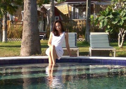 Umah Tinjung Resort