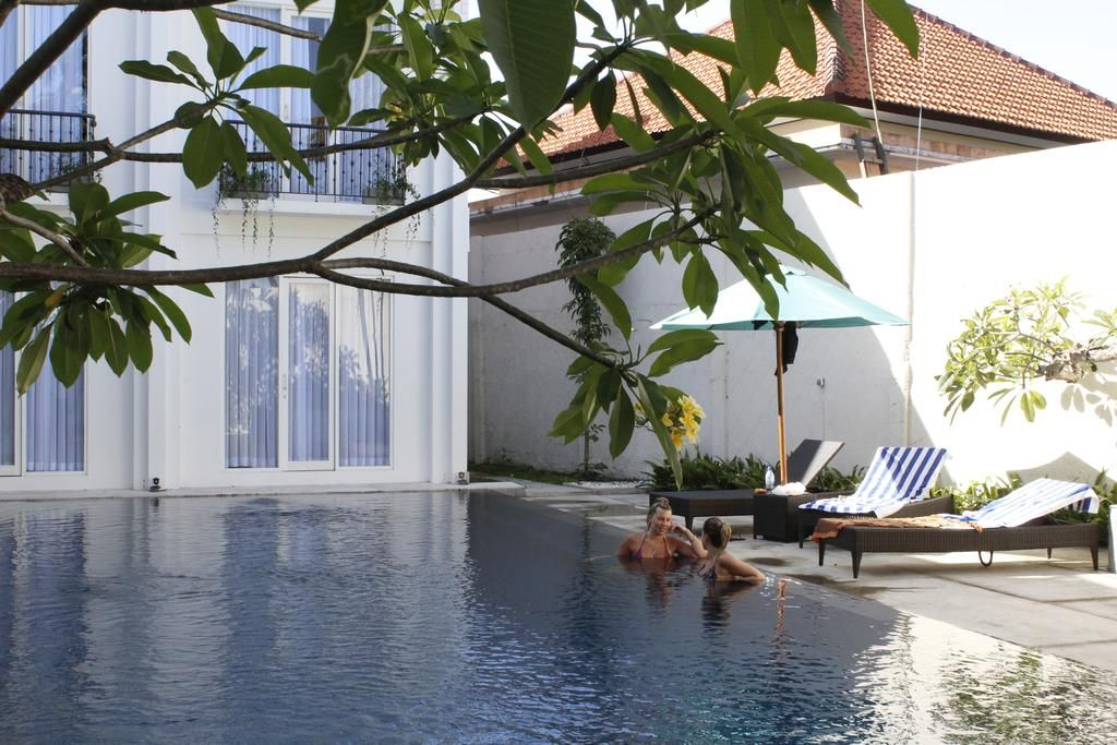 Umpadhi Villa & Lounge, Badung