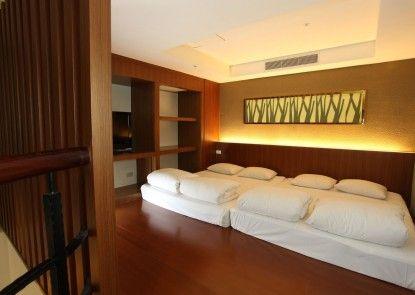 Uni-Resort KU-KUAN