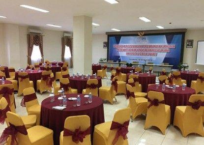 UNS Inn Ruangan Meeting
