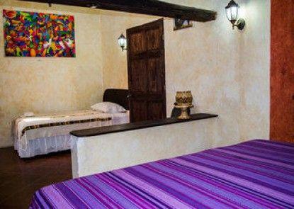 Uxlabil Antigua Hotel y Galería