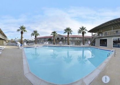 Vacation Inn and Suites