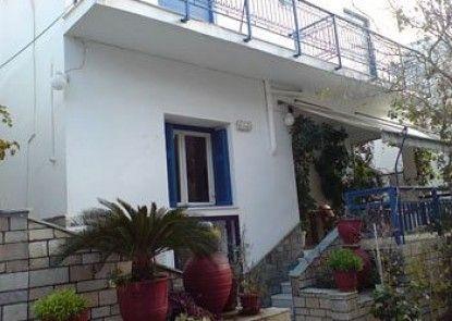 Vakhos Hotel