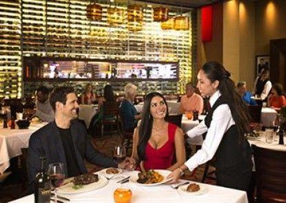 Vee Quiva Hotel & Casino