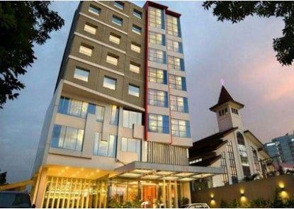 V Hotel Tebet Jakarta Eksterior