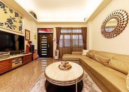 Victoria Yu\'s home
