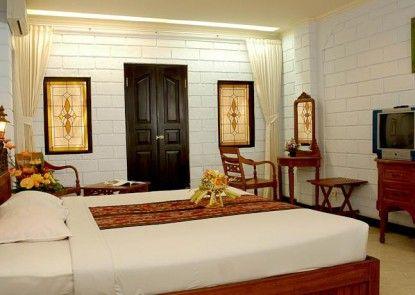 Vilarisi Hotel Kamar Tamu