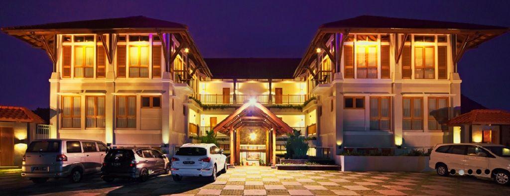 Villa Damar, Bandung