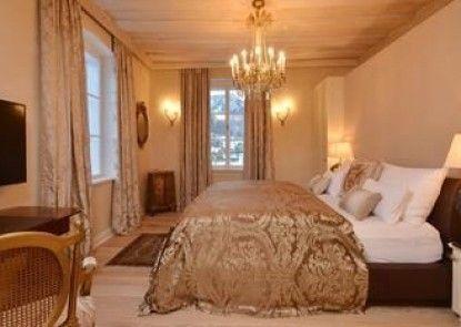 Villa Liechtenstein Estate