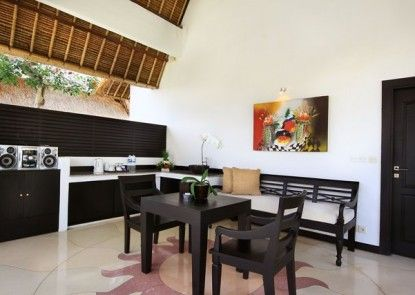 Villa Seminyak Estate & Spa - By Astadala Ruang Tamu