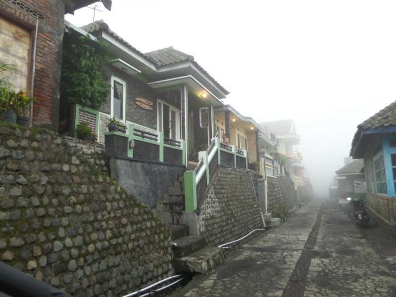 Villa Anna, Probolinggo