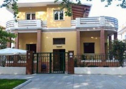 Villa Anna B&B
