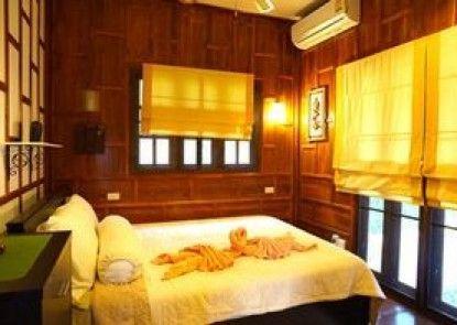 Villa Ayutthaya @ Golden Pool Villas