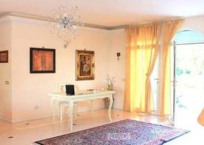 Villa Devin