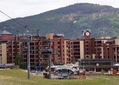 Village at Breckenridge Resort Teras