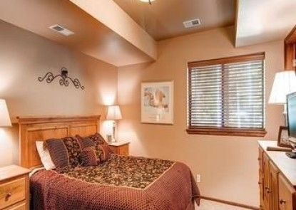 Village Point By Pinnacle Lodging