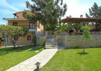 Villa Karteros