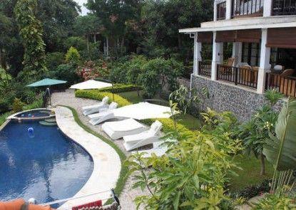 Villa Lilly